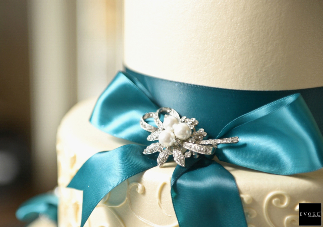 The Bride's Wedding Cake