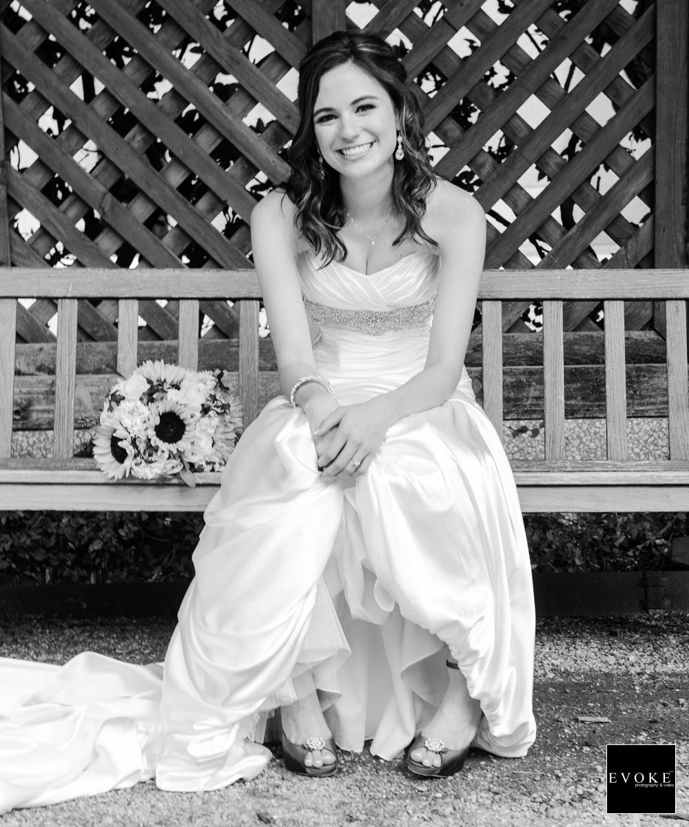 Black and White Bridal session at Texas A&M park.