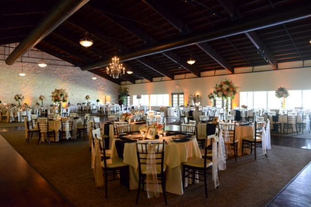 Beautiful details in the reception hall let the guests celebrate in the couple's love