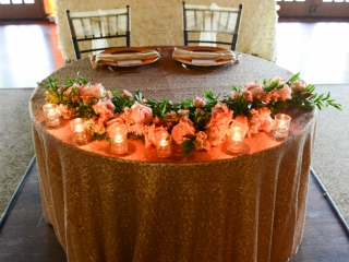 Spring flowers decorate the head table